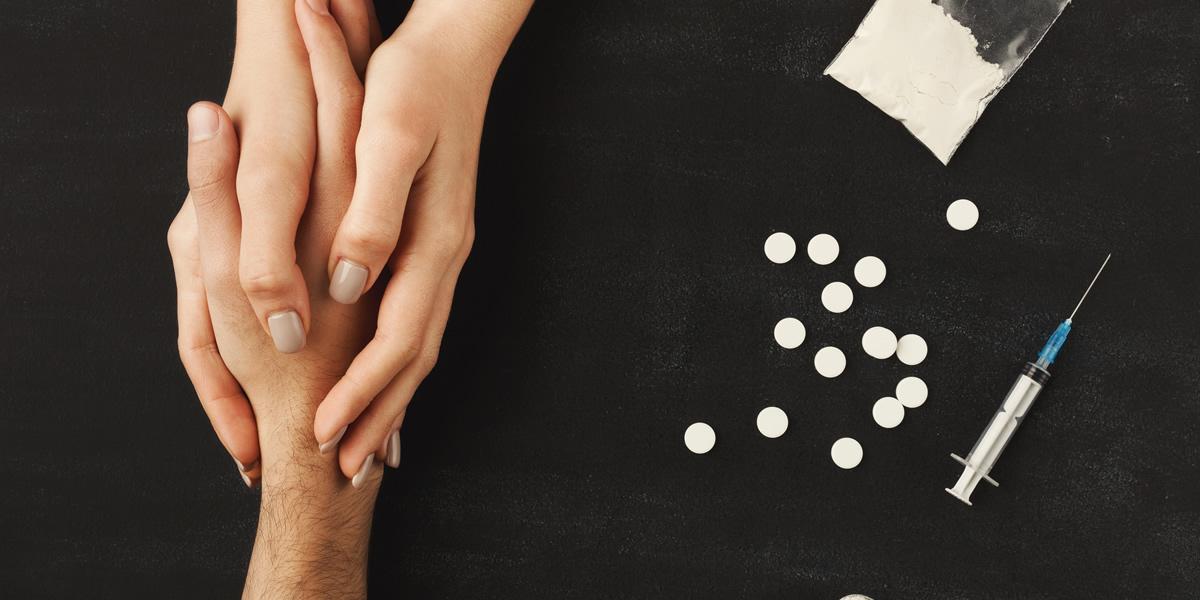e-justo-tratar-usuario-de-drogas-como-criminoso